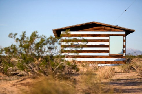 lucid-stead-mirrors-the-joshua-tree-desert-designboom-02