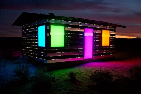 lucid-stead-mirrors-the-joshua-tree-desert-designboom-03