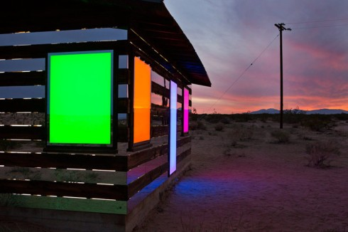 lucid-stead-mirrors-the-joshua-tree-desert-designboom-04