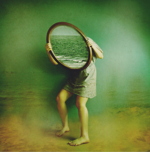 Mirrors by Victoria Audouard1